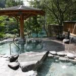 清流の湯露天風呂