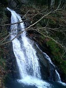 四万温泉・桃太郎の滝