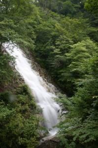 四万温泉・しゃくなげの滝